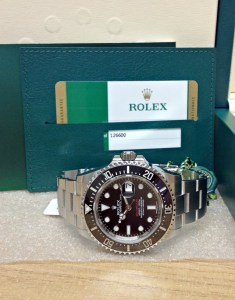 Rolex Sea-Dweller 126600 43mm Red Writing3
