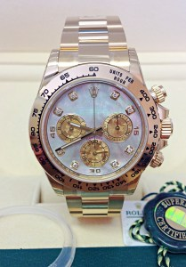 Rolex replica Daytona 116508 Yellow Gold2