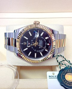 Rolex replica Sky-Dweller 326933 Bi-Colour Black Dial6