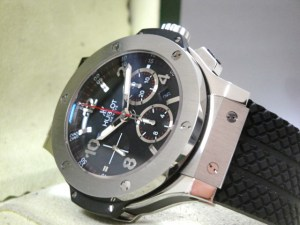 hublot replica big bang ghiera acciaio strip rubber10