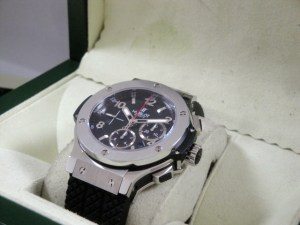 hublot replica big bang ghiera acciaio strip rubber5
